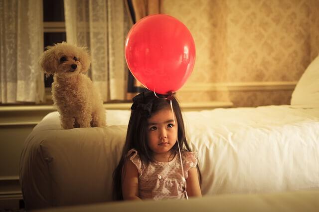 dziewczynka z balonem