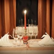 Co przyrządzić na kolację we dwoje? Pomysły na walentynkowe potrawy