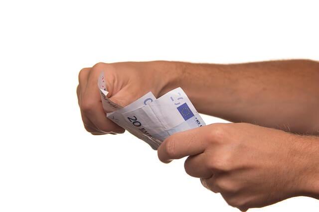 Pożyczki chwilówki. Jak działają i co musisz o nich wiedzieć?