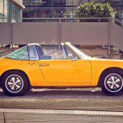 Facet kupuje auto klasyka, dlaczego faceci kochają klasyczne samochody?